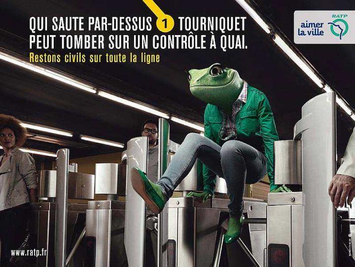 パリのマナー広告