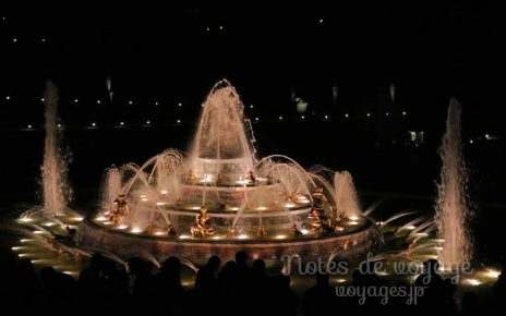 ヴェルサイユ宮殿の夜の大噴水ショー